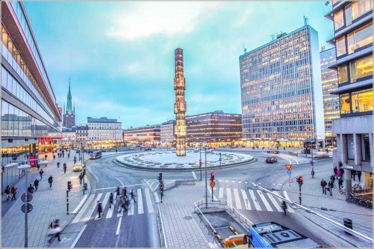 スウェーデンのアート セルゲル広場画像