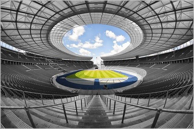 サッカー オリンピック 年齢制限 理由