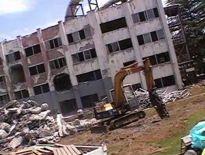 富士急 戦慄迷宮 建物 元病院